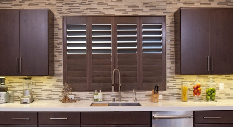 Cincinnati cafe kitchen shutters