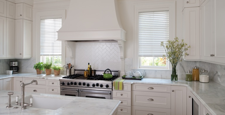 Cincinnati kitchen white blinds