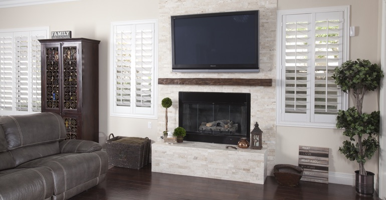 polywood shutters in Cincinnati family room