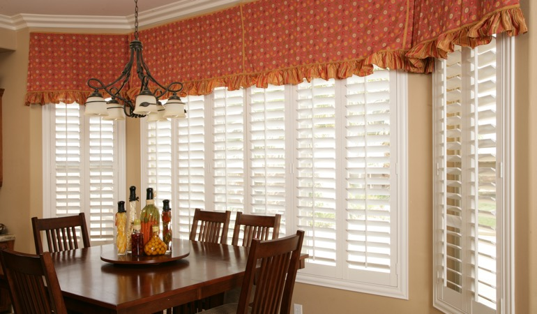 White shutters in Cincinnati dining room.