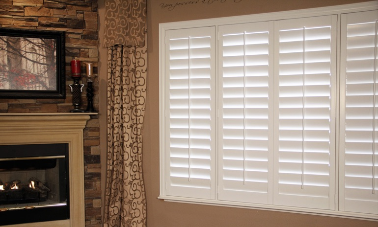Cincinnati Studio plantation shutters in family room.