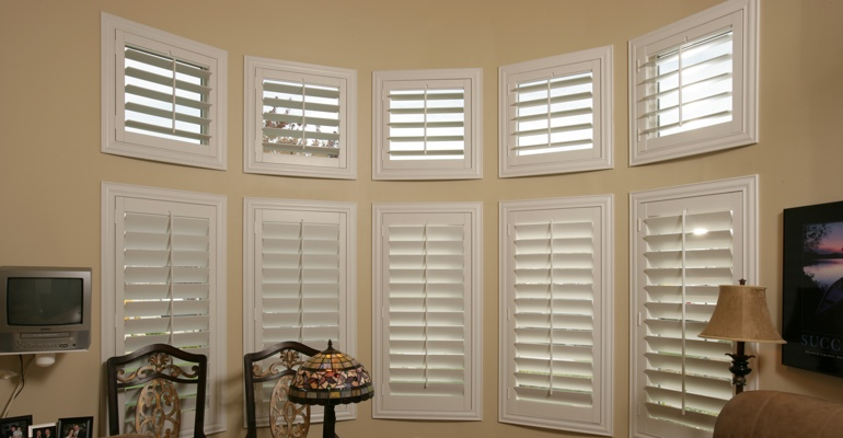 Bay window shutters Cincinnati home office