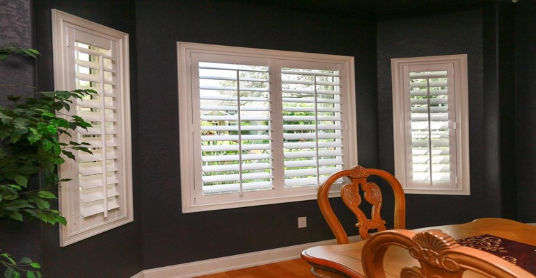 Crisp Polywood Plantation Shutters In Dark Green Dining Room
