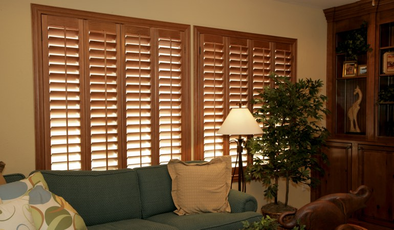 How To Clean Wood Shutters In Cincinnati, OH