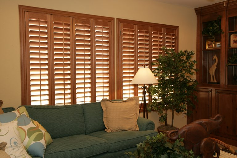 Ovation Shutters In A Cincinnati Living Room.
